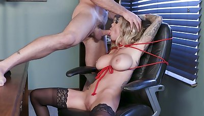 Kinky fuck porn at work for busty Karma Rx