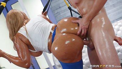 Big booty ebony milf, insane hardcore with a white man