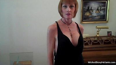 Wicked Sexy Melanie is a major league amateur slut granny in this homemade making love imperil