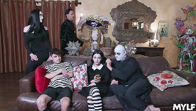 Mom and daughter in crazy Adams Family role play