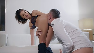 SExual pleasures with a married catholic stimulated for bushwa