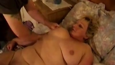 Heavy mature housewife gets her wet pussy fucked mish after BJ