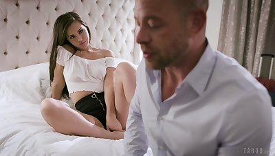 Daddy can't state no to fucking awesome stepdaughter Alina Lopez
