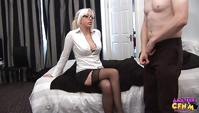 Blonde cougar needs the so so inches to suit her dirty needs