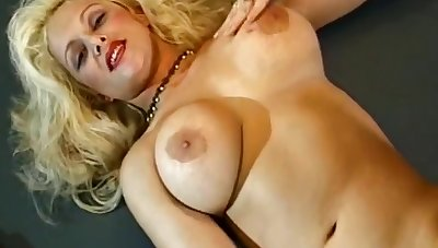 Nina Whett in Uninspired Boots Trashy Blonde Milf Unescorted Arouse Her Pussy