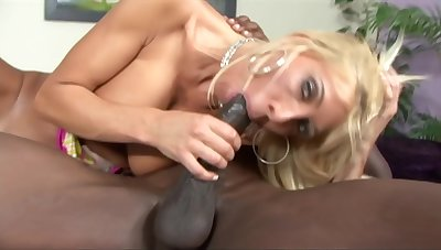 Banging This Milf With Bbc