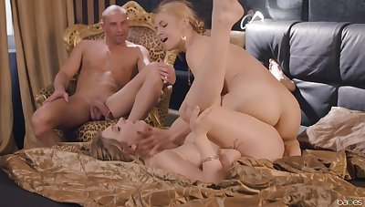 Insane home triad pleases the supplicant with two tight pussies