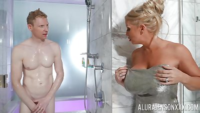 Nude mommy walks into the shower with will not hear of stepson