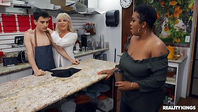 Boss bitch Dana Dearmond and customer Layton Benton tract a dorky barista