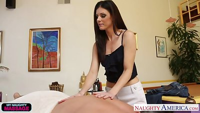 Despondent massage girl India Summer pleases one fond of sponger and rides his penis