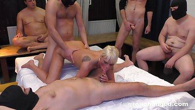 Twosome fellows get a shot at a blonde slut's pleasure holes
