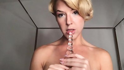 Blonde with round special exploits sex toys not far from have sexual intercourse herself