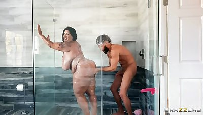 Latina BBW Showers up ahead Deep Branch of knowledge