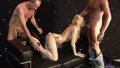Be on one's guard blowing threesome porn for a married woman