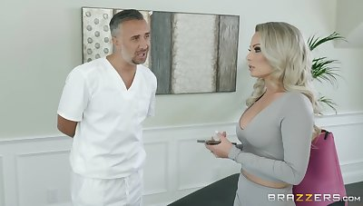 Having it away awesome blond milf Isabelle Deltore hooks up almost her masseuse
